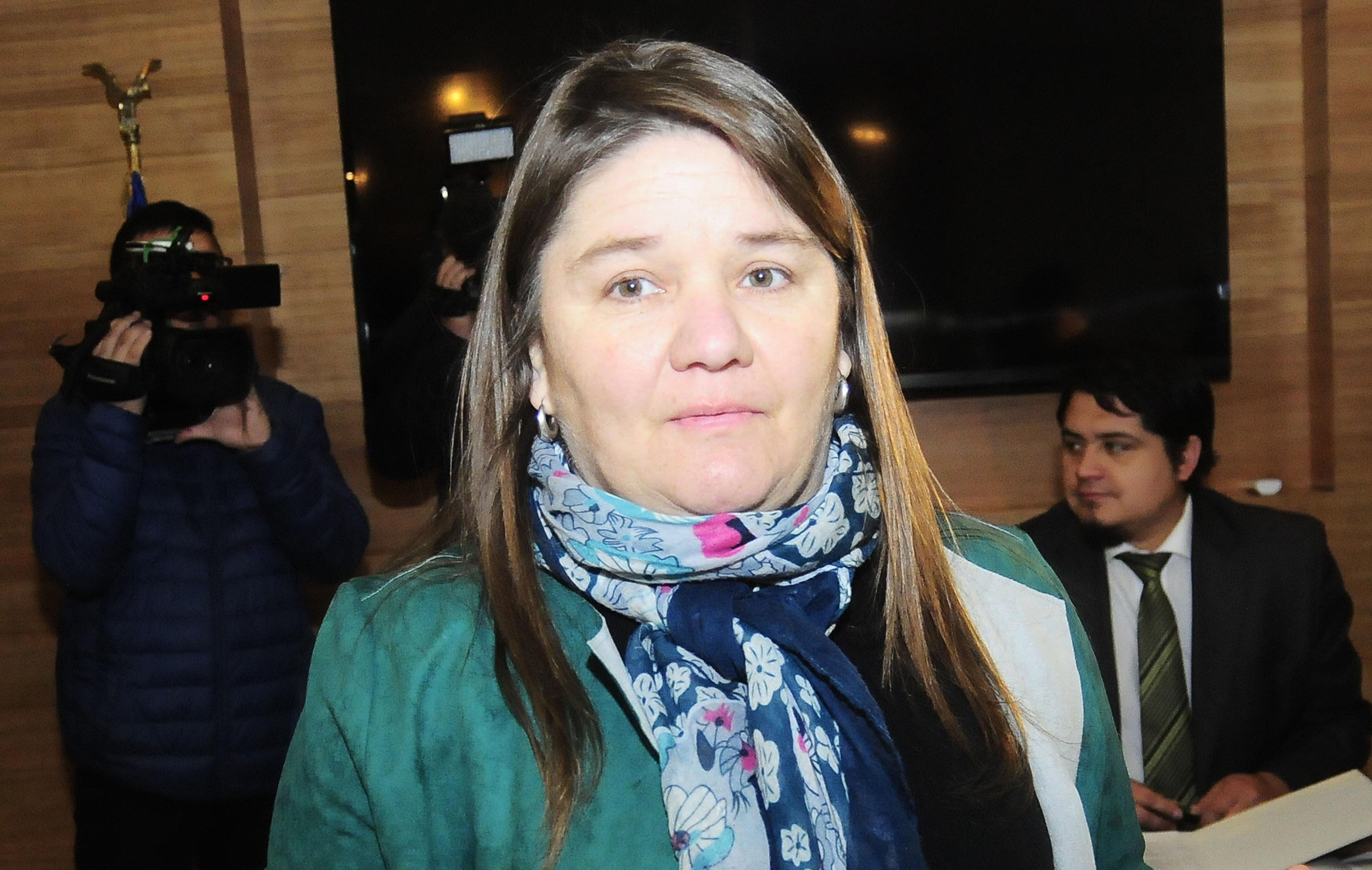 """""""Marcela Aranda inscribió su candidatura ante el Servel para llegar al Senado pero su futuro es incierto"""""""