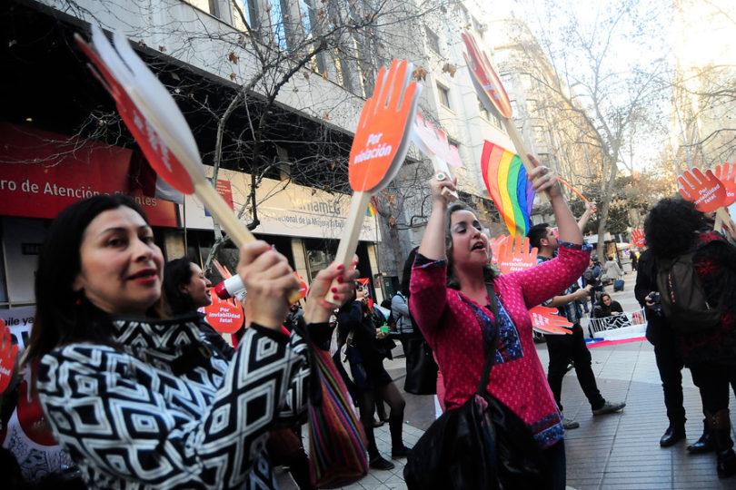 El tribunal de Pinochet que decide sobre la vida de las mujeres