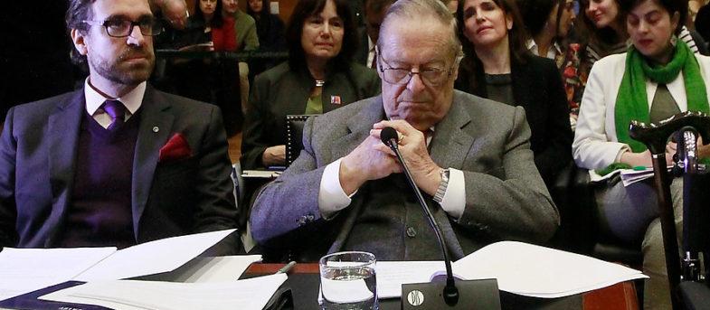 """Abogado de Bachelet al TC: """"Rechazar causal de violación es reducir a víctima a incubadora humana"""""""