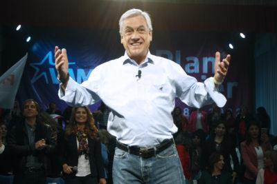 Sebastián Piñera sube cuatro puntos en Cadem en medio de crisis del Frente Amplio