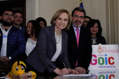 """Carolina Goic oficializó su candidatura presidencial: """"A trabajar y de aquí a La Moneda"""""""