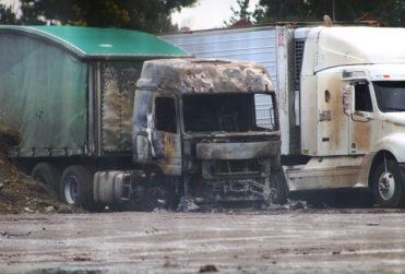 Fiscalía investigará bajo la Ley Antiterrorista el ataque incendiario que dejó 18 camiones quemados en La Araucanía