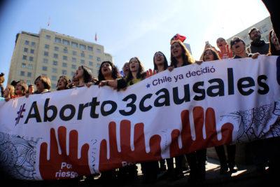 Aborto: Minsal contabiliza 394 casos en recintos de salud pública