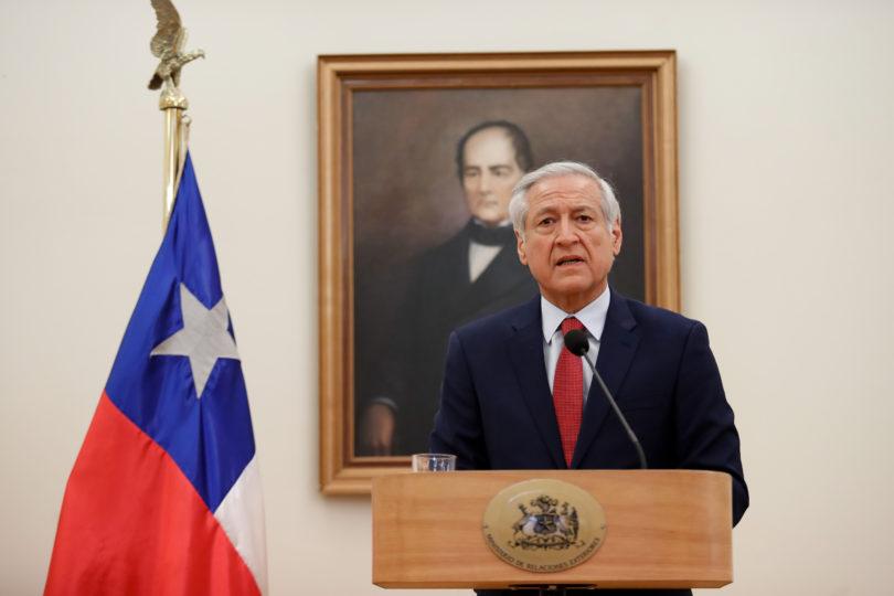 Gobierno concedió asilo a cinco jueces venezolanos que permanecían en la embajada de Chile en Caracas