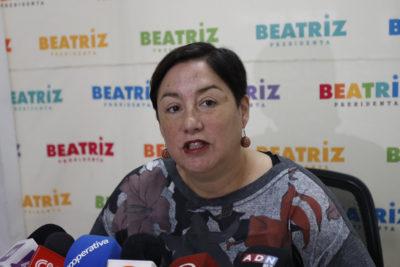 Comando de Beatriz Sánchez complica al Frente Amplio con propuestas para financiar campaña