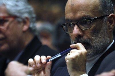 """Rodrigo Valdés: """"Hay industrias que merecerían más castigo que las AFP"""""""