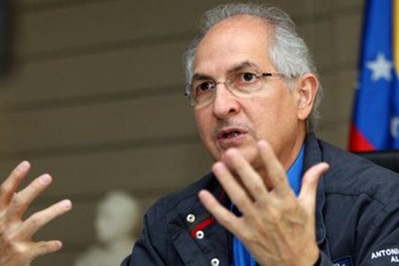 Liberan al opositor venezolano Antonio Ledezma y vuelve al arresto domiciliario