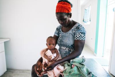 Exposición fotográfica muestra cómo es nacer en Haití