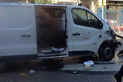 VIDEO   El último gesto de Bruno Gulotta, joven padre que vio cómo el furgón se acercaba a su hijo en Barcelona