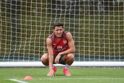 Por qué Alexis Sánchez estaría a un paso de partir del Arsenal, según la prensa inglesa