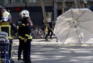 FOTOS | Así retrataron el atentado en Barcelona los periódicos del mundo