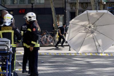 A catorce aumenta el número de muertos por atentados en Barcelona