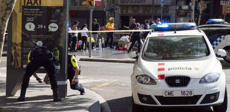 Policía catalana abate a tiros al autor del atentado terrorista de Barcelona