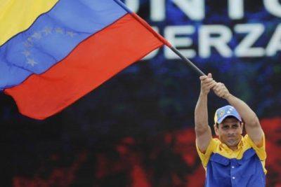 """""""Se dicen de izquierda y viven como millonarios"""": Capriles deja KO a Maradona por su apoyo a Maduro"""