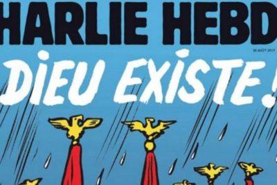 """FOTO   """"Dios existe"""": la portada de Charlie Hebdo que se burla del paso de Harvey"""