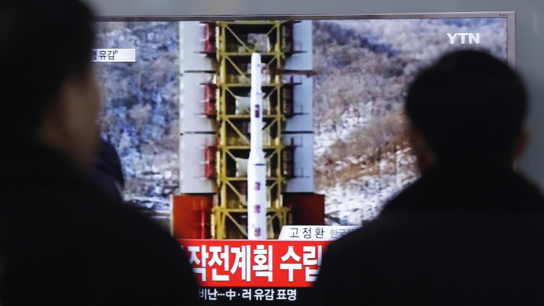 """""""Japón desplegó sistema de defensa antimisiles por Corea del Norte"""""""