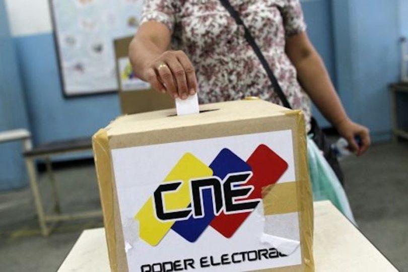 """Empresa a cargo de votación en Venezuela denuncia """"manipulación"""" en datos de participación"""