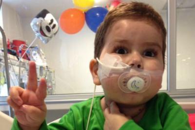 """VIDEO   Padre de León Smith destroza al Hospital UC: """"No tiene ética para declararse provida"""""""