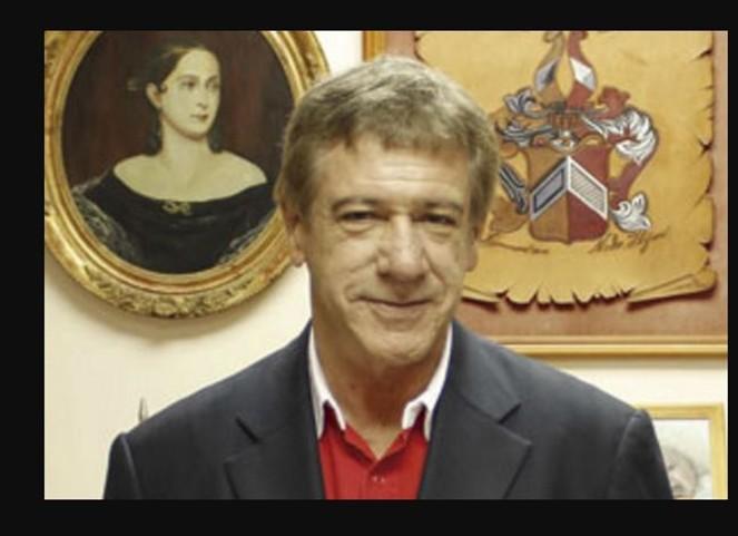 Concejal RN fue encontrado muerto en su departamento en Las Condes