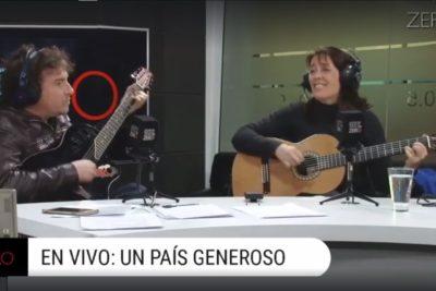 VIDEO |Directo a MTV unplugged: guitarra en mano, esposa de José Antonio Kast canta jingle de campaña