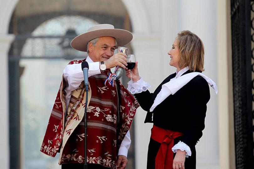 Piñera defiende el rodeo y promete quitar privilegios a reos de Punta Peuco