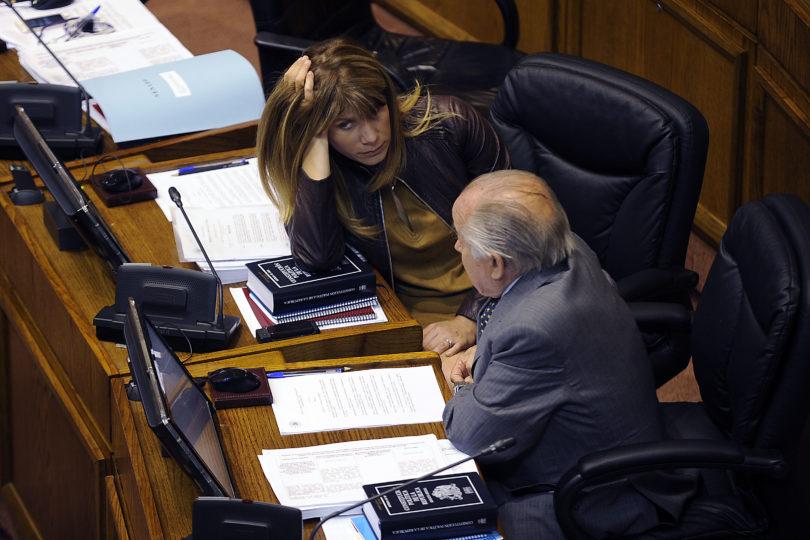 PDI detiene a hacker acusado de estafar a Ximena Rincón y Andrés Zaldívar por $20 millones
