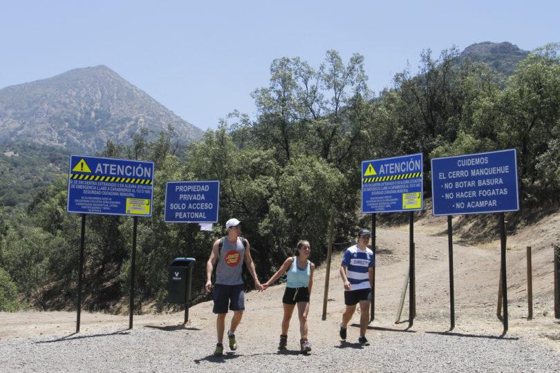 Se disfraza una devastación ambiental sobre la cota 1.000 en el cerro Lo Curro