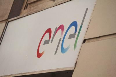 Enel deberá indemnizar con dos millones de pesos a cliente que fue insultado en su boleta