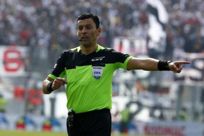 Árbitro chileno que debía dirigir en la Libertadores se lesionó en capacitación del VAR