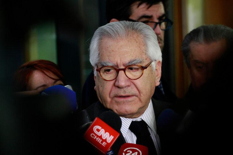 """Ministro del Interior: """"Si el general Oviedo señala que no tiene información de DD.HH., hay que creerle"""""""
