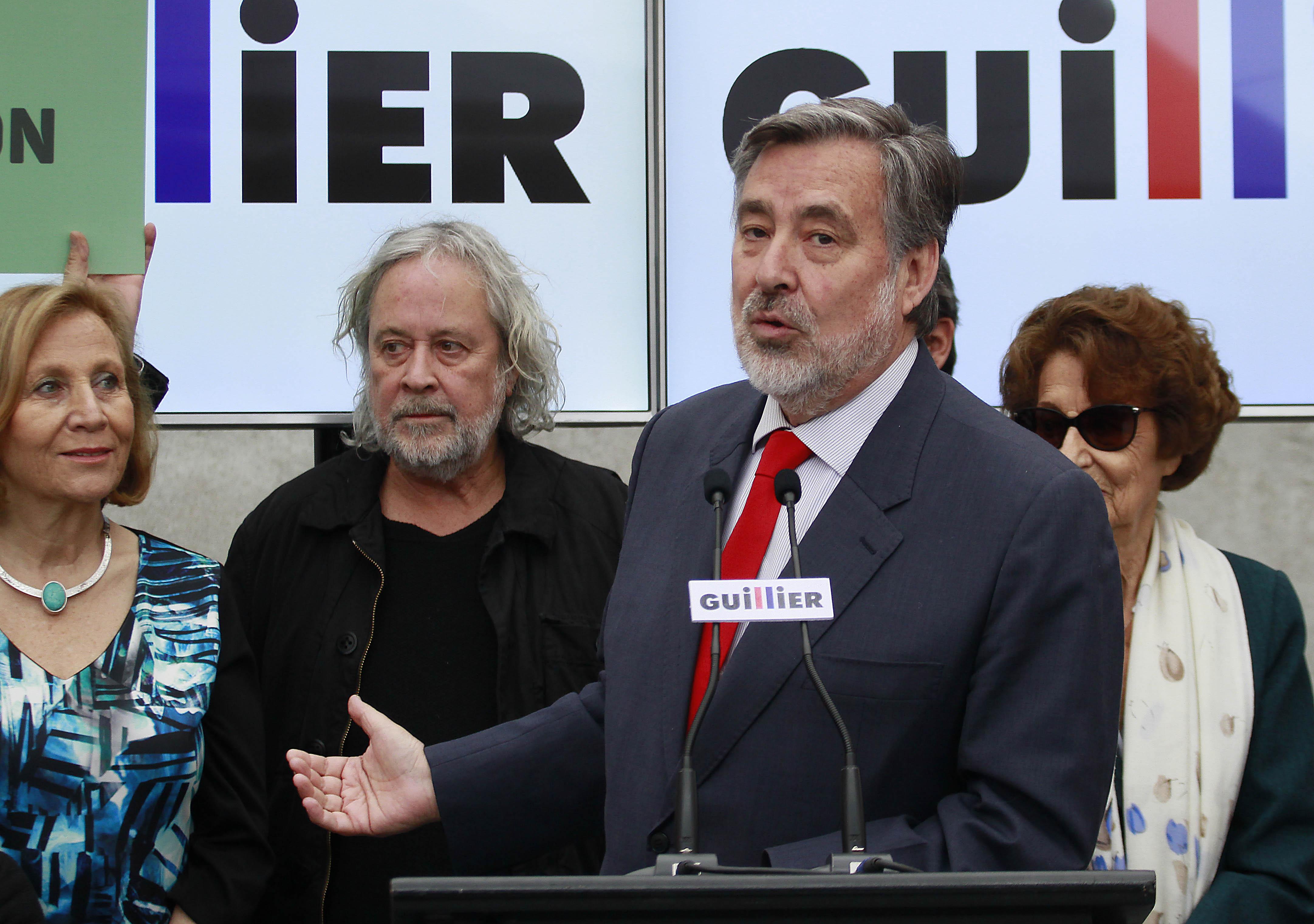 Los integrantes de la red de ciudadanos de Guillier