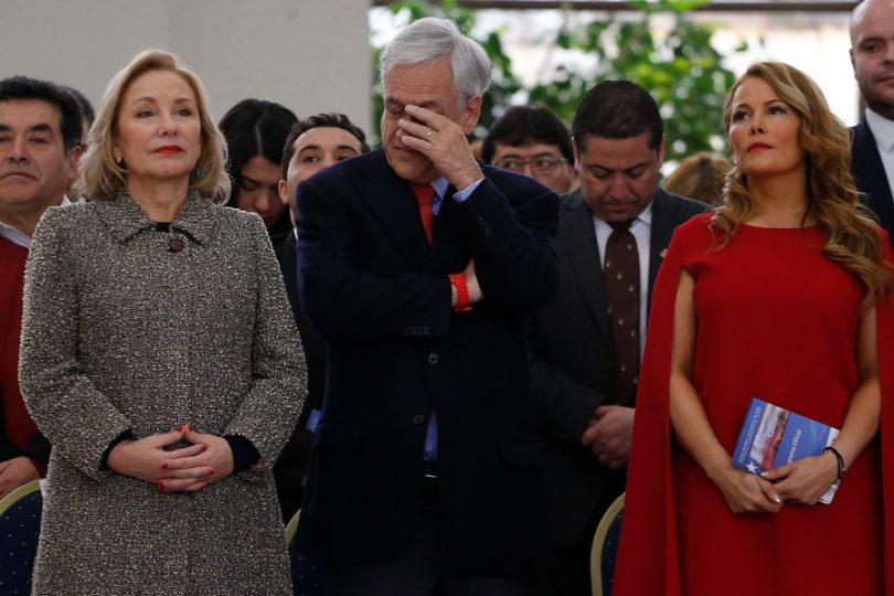 Presentan requerimiento en Contraloría contra Cathy Barriga por infracción a normas de propaganda electoral