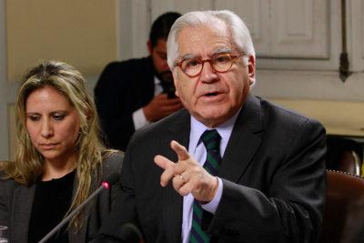 """Ministro Fernández se cuadra con Guillier: """"Hay menos delincuencia que en el gobierno anterior"""""""