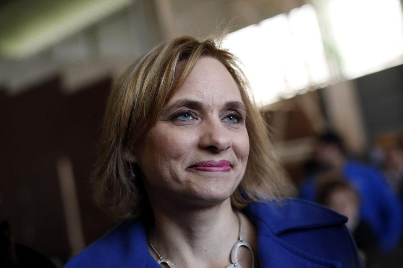 """Carolina Goic se desmarca del Gobierno y reitera llamado al Ejército para """"terminar con pactos de silencio"""""""