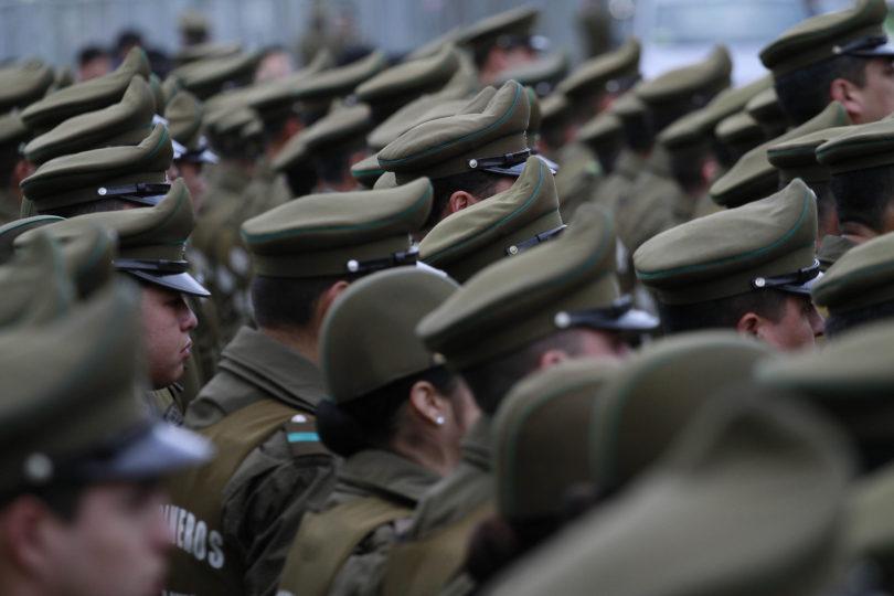 Contraloría detecta nuevos pagos irregulares en unidades de Carabineros