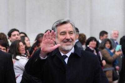 """Alejandro Guillier aclara vieja entrevista: """"Extraño al Piñera progresista liberal de los 90"""""""