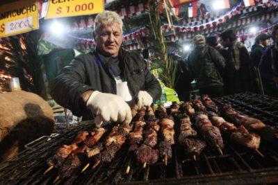 FOTO | Para llorar: la lista de precios de los alimentos en las fondas del Parque O'Higgins en el año 2006
