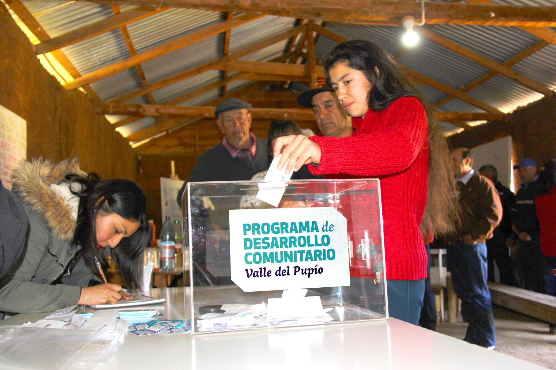 Vecinos de la Región de Coquimbo eligen once proyectos de desarrollo comunitario