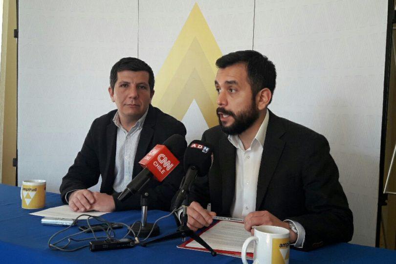 """Amplitud acusa al BancoEstado de negar créditos a candidatos y de crear el """"CAE Electoral"""""""
