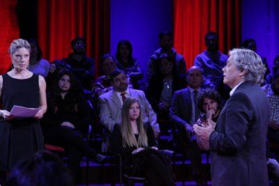 VIDEOS   Mónica Rincón hizo que Alejandro Navarro perdiera la paciencia en Aquí está Chile