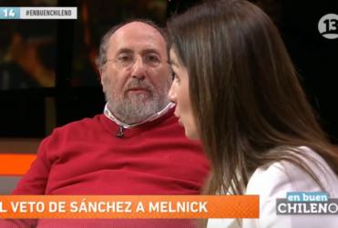 """En Buen Chileno: Melnick queda helado con comentario sobre """"cómplices pasivos"""" de compañera de panel"""