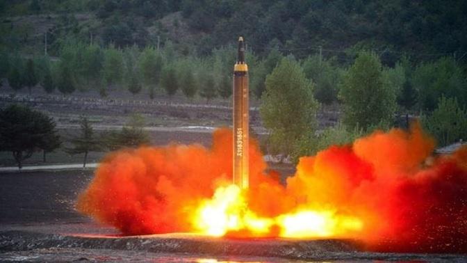 Escala la tensión con Kim Jong Un: Seúl evalúa que EE.UU. lance armas nucleares desde su territorio