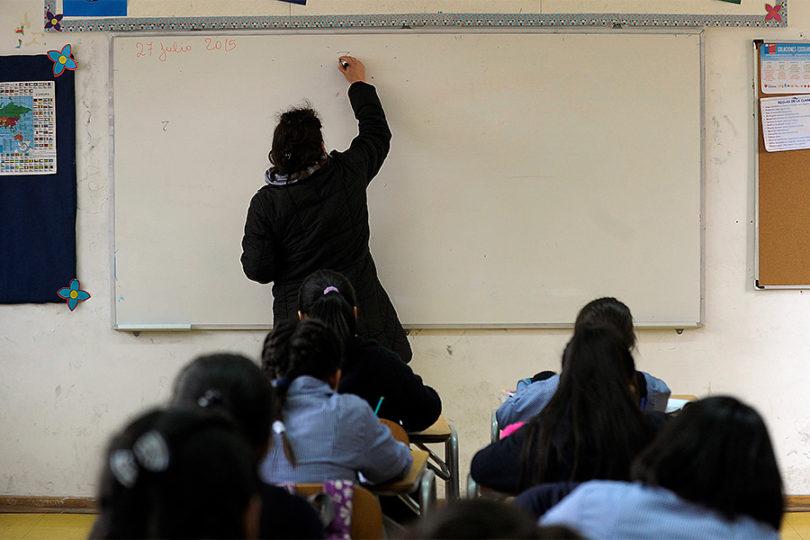 PISA: 42% de los estudiantes chilenos no sabe trabajar en equipo