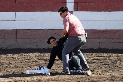 José Antonio Kast fue testigo de la irrupción de animalistas en medialuna del Parque Alberto Hurtado