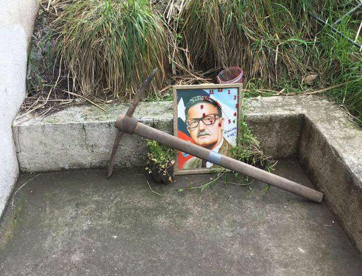 Cuadro de Allende desató la polémica en la UAI
