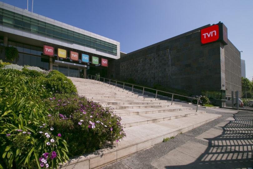 """Integrante del directorio de TVN acusa intención de """"privatizar"""" el canal"""