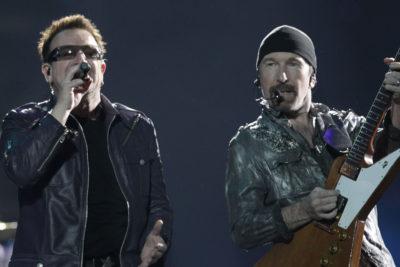 VIDEO | U2 se declara fan de Bachelet con homenaje en el escenario durante gira latinoamericana