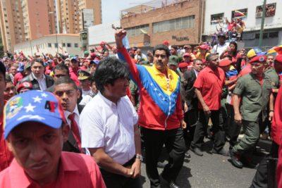 OEA desconoce resultados pero PC chileno felicita a Maduro por el triunfo