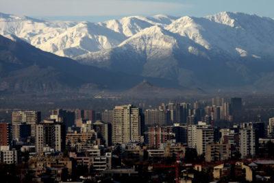Intendencia descarta fuga de gas y busca origen de fuertes olores en Santiago