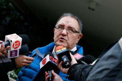 Francisco Huenchumilla, el político que se avergüenza de serlo